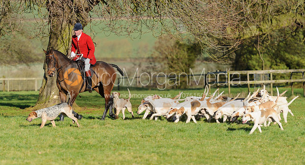 Andrew Osborne MFH and hounds at Preston Hall