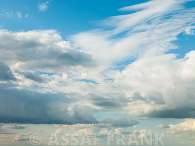 Blue sky with cloudscape