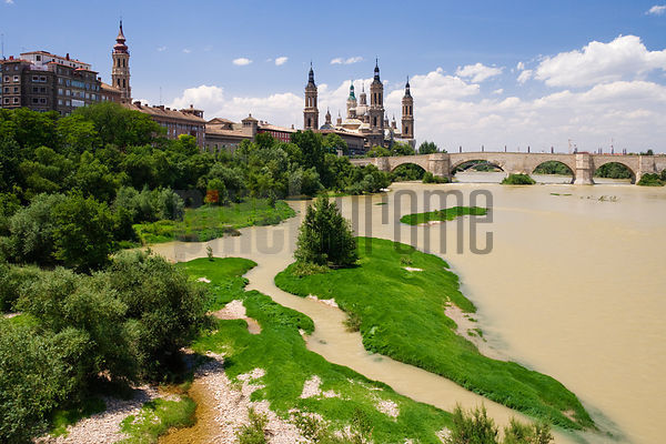 Nuestar Senora del Pilar The Stone Bridge and the River Ebro Zaragoza Aragon Spain