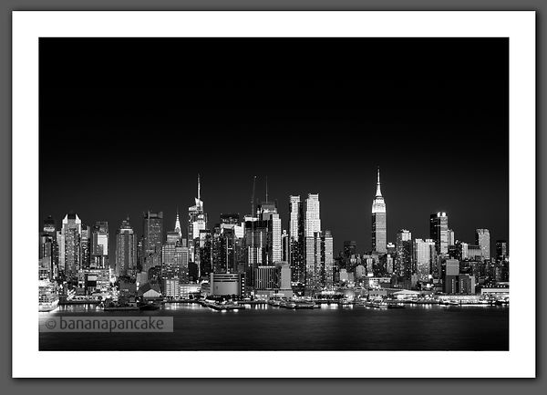 Mid Manhattan skyline New York