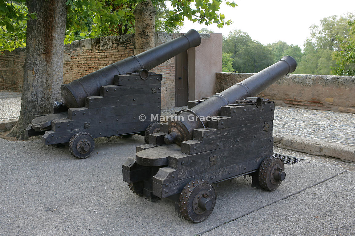 Cannons outside the Palacio de Carlos V (Palace of Chales V), Alhambra, Granada, Andalusia, Spain