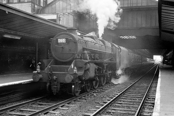 Steam loco Black 5 45233 Preston