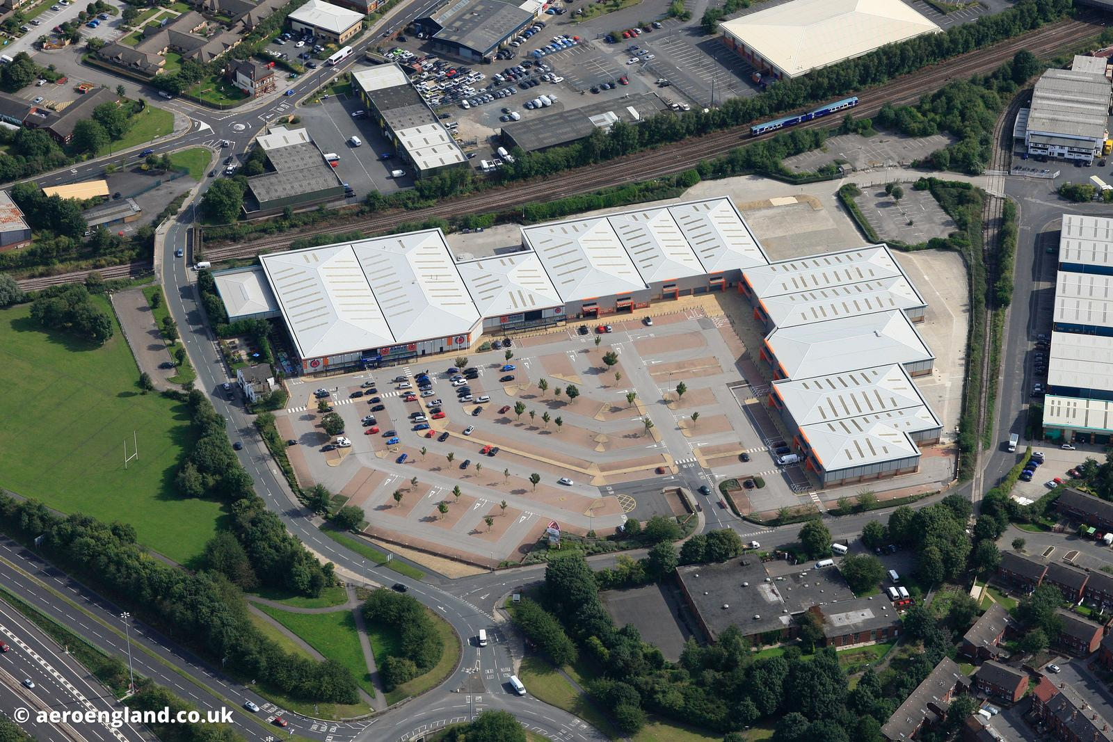 aeroengland   aerial photograph of Tulip South Retail Park