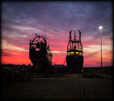 Howth_Ships_Silhouettte