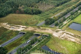 Dwingeloo - Luchtfoto ecoduct A28 01