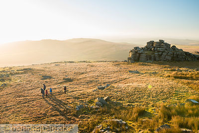 BP5845C - Walkers on Great Mis Tor, Dartmoor