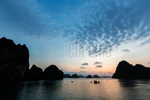 Dawm in Halong Bay