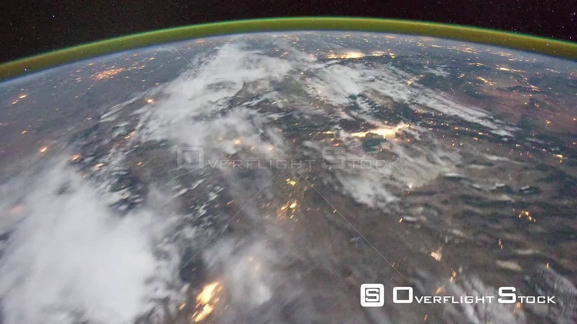 Time-Lapse from ISS over  USA Canada Aurora Borealis Exp29 16 Oct 2011