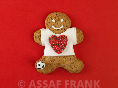 Gingerbread man with football