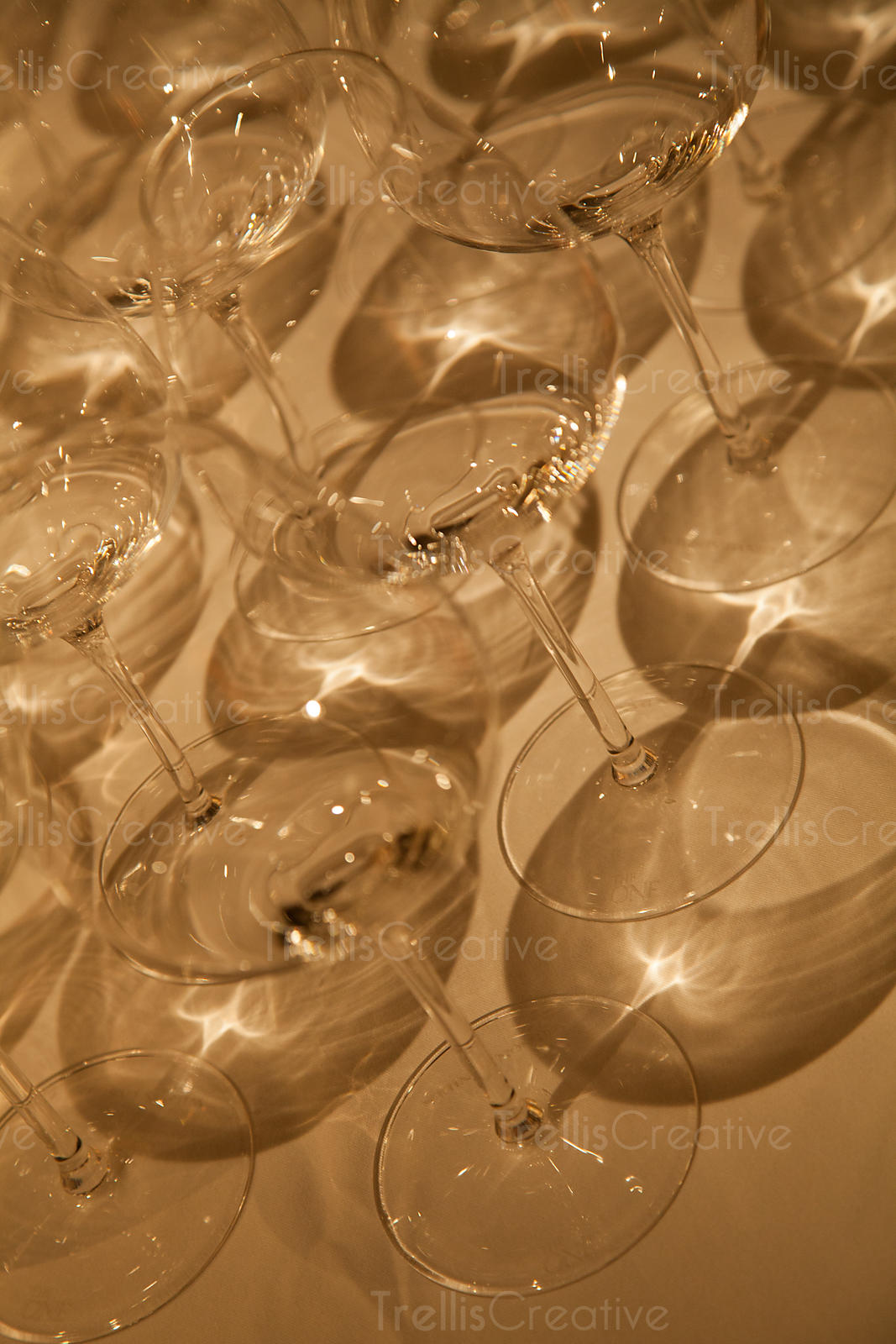 Abstract photo of clean crystal wine glasses and reflections
