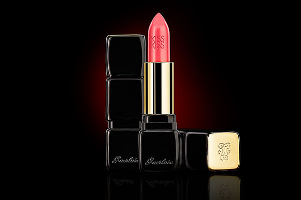Lipstick Kiss Kiss Guerlain Stills photography