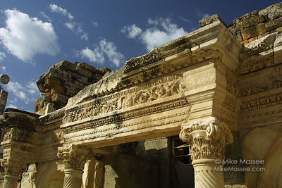 1708_turkey_pamukkale-theater-stage-detail