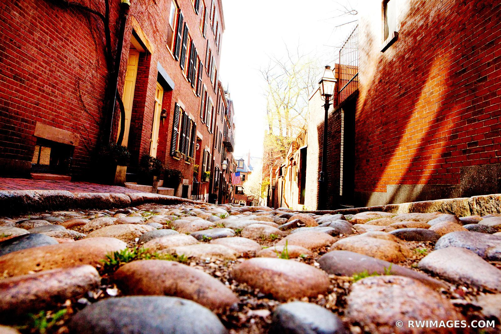 HISTORIC BOSTON BEACON HILL ACORN STREET COBBLESTONE STREET RED BRICK COLOR