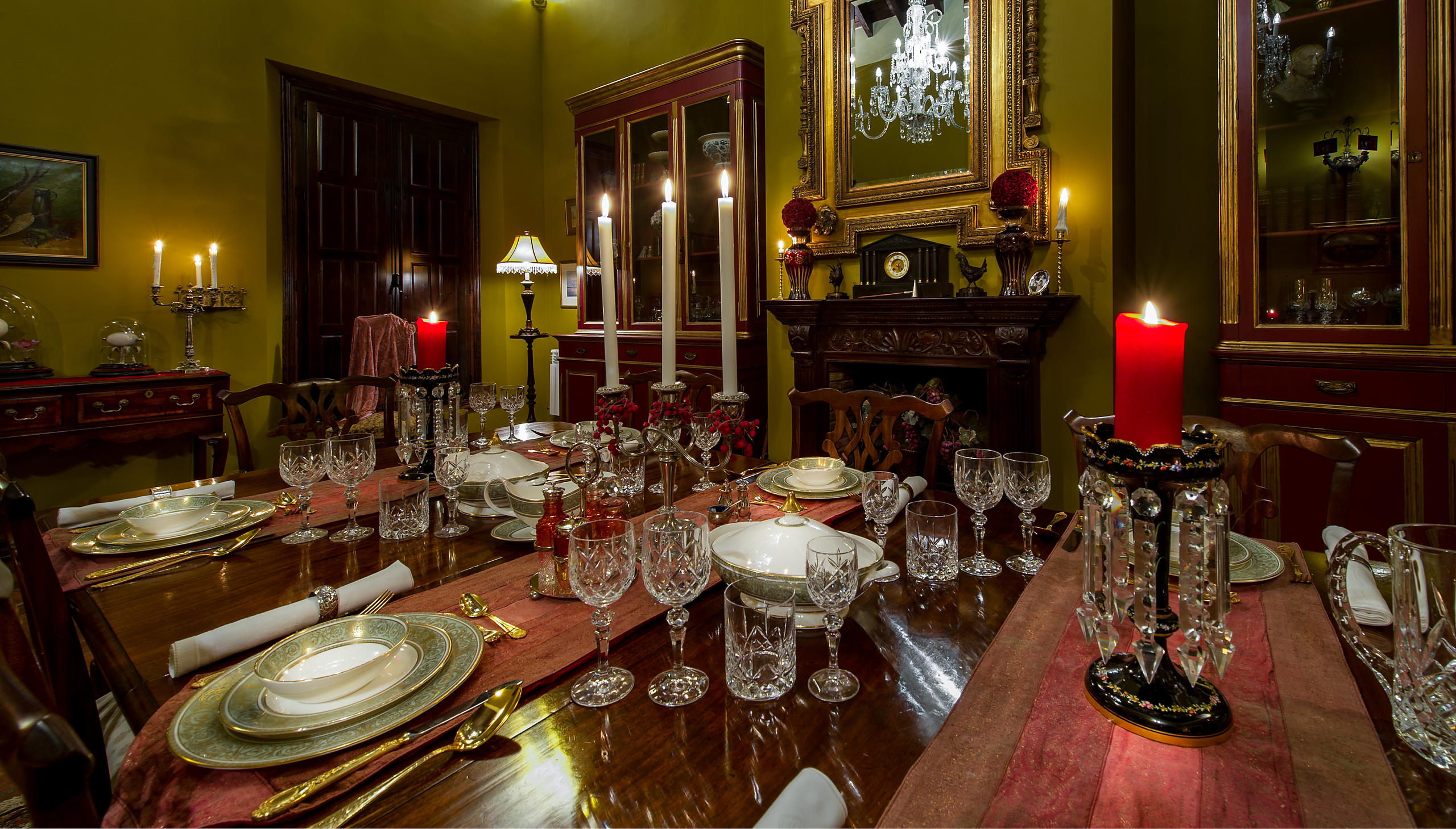 Opulent Dining Room Interior