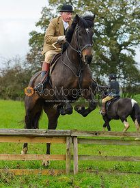 James Sparrow - The Cottesmore Hunt at Tilton on the Hill, 9-11-13