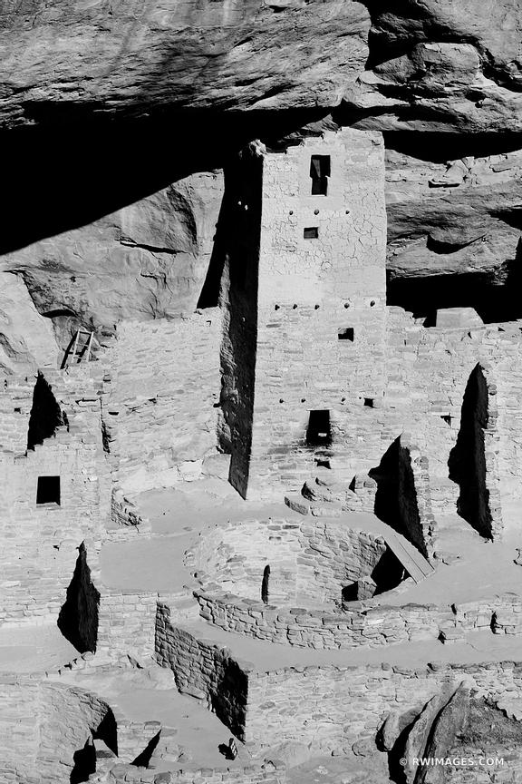 CLIFF PALACE MESA VERDE NATIONAL PARK COLORADO VERTICAL BLACK AND WHITE