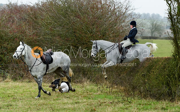 The Cottesmore Hunt at The Fox and Hounds 20/11