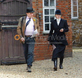 Ed Seyfried and Philippa Holland - Dianas of the Chase - Side Saddle Race 2014.