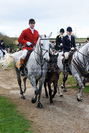 Tim Eastwood, Amanda Eastwood leaving the meet. Quorn Hunt Opening Meet 2018