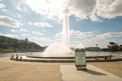 No Wading Sign at the Point Fountain- Pittsburgh, Pennsylvania