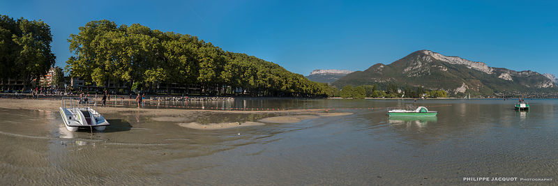 The low water level of the lake on September 25, 2018 (3) - Annecy