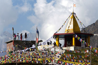 Buddhist prayer flags at Marhi on the way to Rohtang Pass, Manali, India