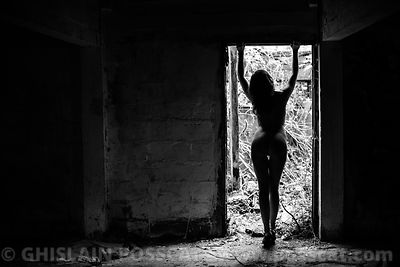 Shadows and light - Ghislain Posscat - erotic pictures, nude fine art, erotic photographer
