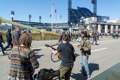 Street Musicians Performing on Clemente Bridge