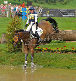BEE DIPLOMATIC and Nicola Wilson, Bramham Horse Trials, 2010