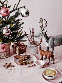 Pink Xmas by Cohen