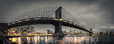 Manhattan bridge and New York city skyline