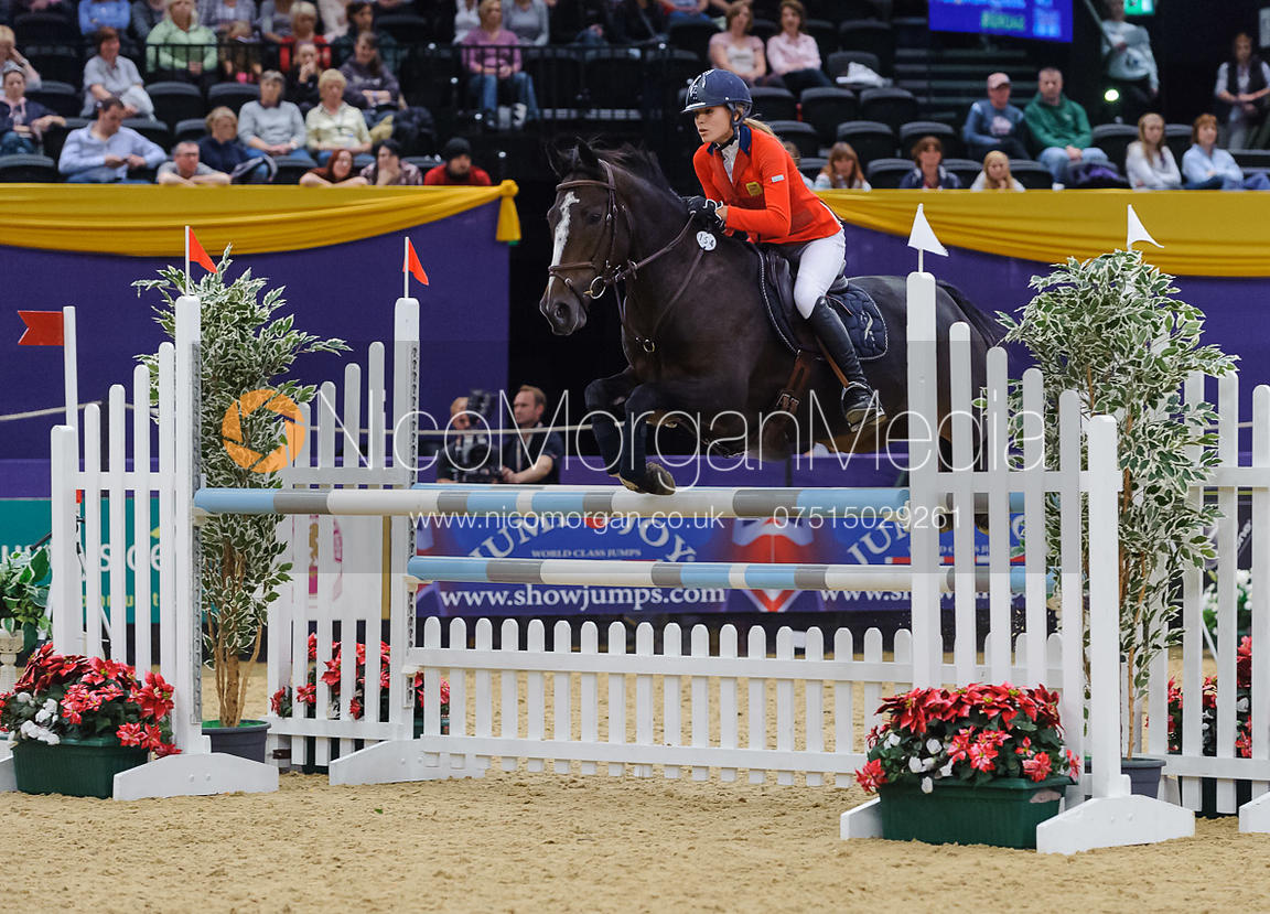Jessica Mendoza and Saorsie, Horse of the Year Show 2010