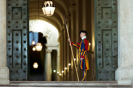 _13A4947_swiss_guard_copy_for_photo_rome