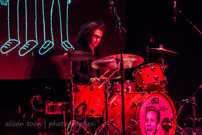 Bob Hall, drumsm, Catfish and the Bottlemen, Sacramento, October 2014