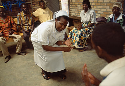 Rwanda - Kibileze - Sister Beatha Mukakaba conducts a counselling session