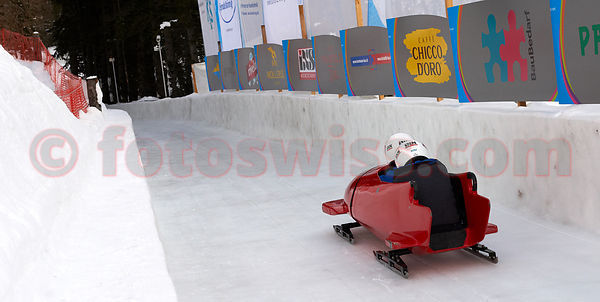 Bobsleigh School St.Moritz at the Olympia Bob Run with Pilot ZOLLINGER Christoph ( Panama)