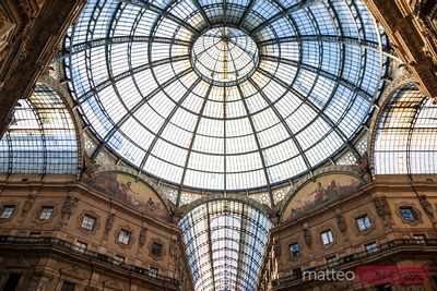 Italy, Lombardy, Milan. Famous Galleria Vittorio Emanuele II