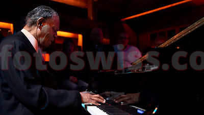 McCoy Tyner Quartet Festival da Jazz 2011 Live at Dracula Club St.Moritz