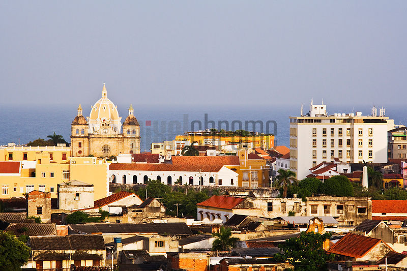 Iglesia de Santo Domingo and Skyline