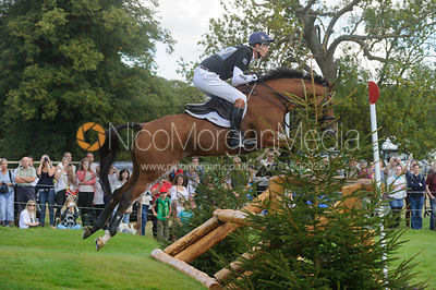 William Fox-Pitt and NEUF DES COEURS - cross country phase,  Land Rover Burghley Horse Trials, 7th September 2013.