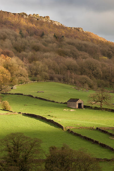 Froggatt Edge barn