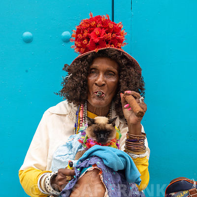 A lady smoking cigar, Havan, Cuba