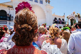 Woman watching the El Rocio romería,  2012
