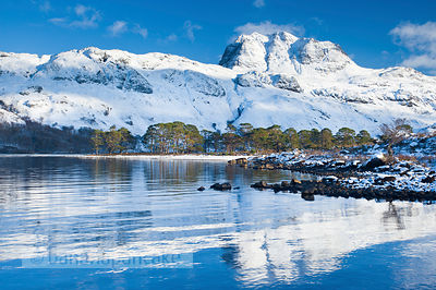 BP2391 - Slioch, from Loch Maree, Winter