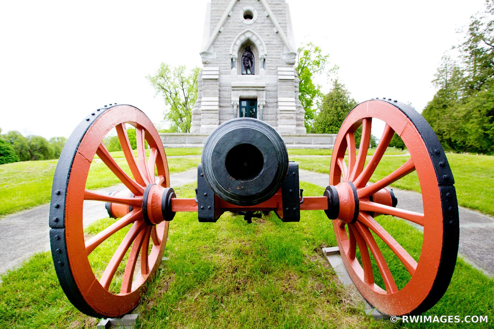 CANNON BATTLEFIELD SARATOGA MONUMENT SARATOGA NATIONAL HISTORICAL PARK NEW YORK COLOR