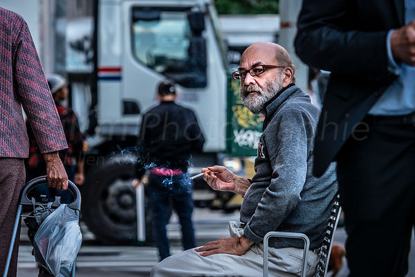 Street Photo - Cigarette break
