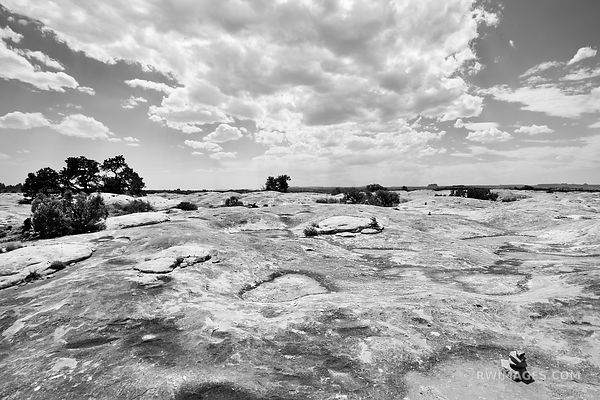 SLICK ROCK TRAIL THE NEEDLES CANYONLANDS NATIONAL PARK UTAH BLACK AND WHITE