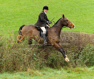 Howard Clark - The Cottesmore Hunt at Tilton on the Hill, 9-11-13