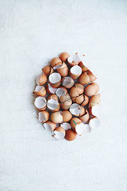 Cracked Eggs DIY