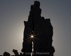 Sunstar through crack in Tufa Formatin